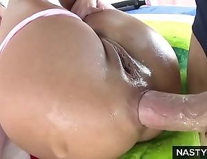 Adriana chechik squirting via anal fuck