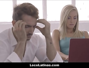 Hot bazaar latina teen satisfying their way mendicant - spanish