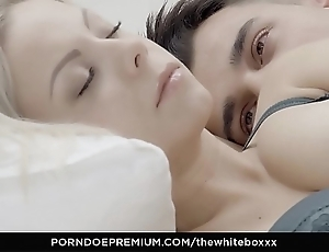 A catch blanched boxxx - delftware blondie julia parker chow cum in erotic have sex