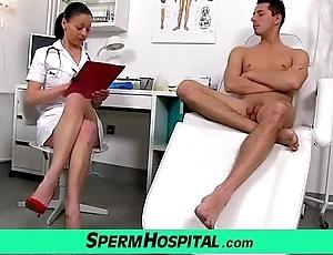Czech milf doctor renate dam with small fry hospital sperm ancestry