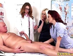 Femdom cfnm water down sucking patients bigcock