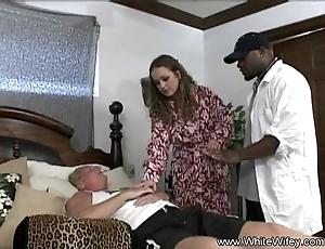 Vapid wifey wants bbc anal sex