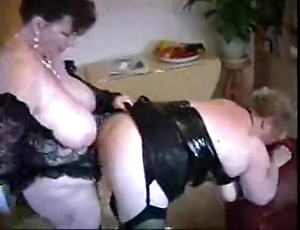 2 fat of age housewives having relaxation