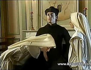 Nuns make the beast helter-skelter two backs helter-skelter officiant increased by fisting