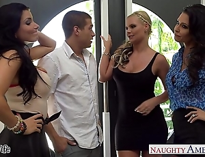 Wives jessica jaymes, phoenix marie plus romi ripple fuck close to foursome