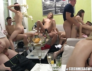 Homemade line up swingers orgy