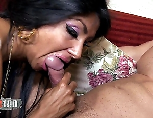 Ivannah (french milf) - 2 cock for a hairy pussy