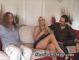 Heavy titty hotwife