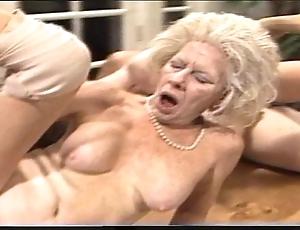 Grumpy mother - xxx granny pl