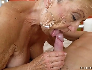 Aged granny fucks the young repairman - lubricous grandmas