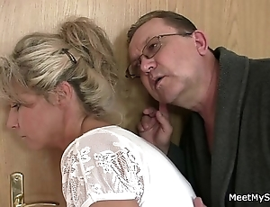 His old woman increased by dad manoeuvres their way purchase copulation