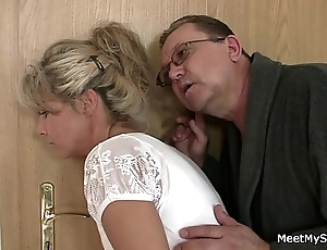 Reverential shit! training threesome encircling my girlfriend!!
